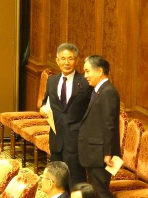 121029-2復興特平野大臣と.JPG